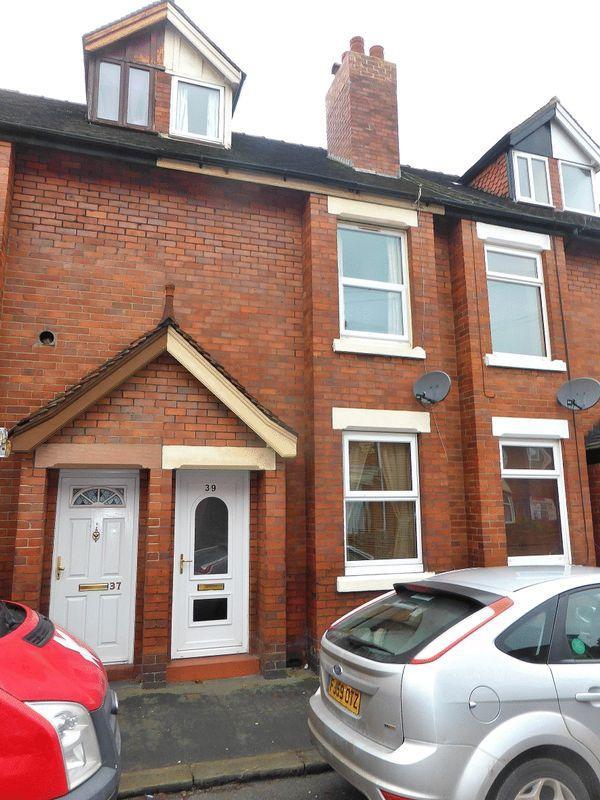 3 Bedrooms Terraced House for sale in Parker Street, Leek