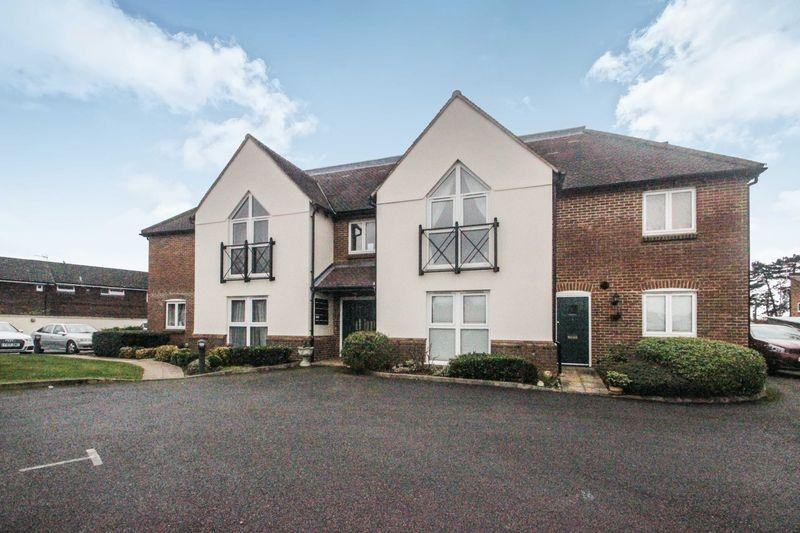 2 Bedrooms Apartment Flat for sale in Ashtead