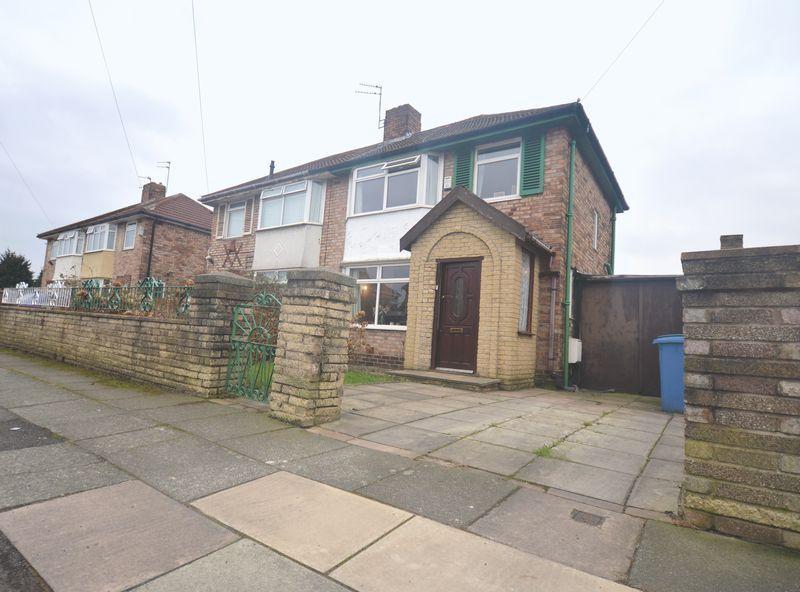 3 Bedrooms Semi Detached House for sale in Leafield Road, Hunts Cross