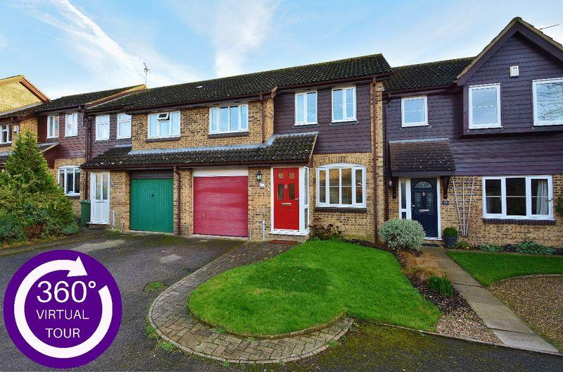 3 Bedrooms Terraced House for sale in Astley Road, Thame