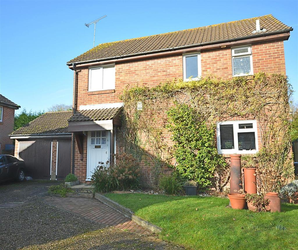 3 Bedrooms Detached House for sale in Acorn Way, Hurst Green
