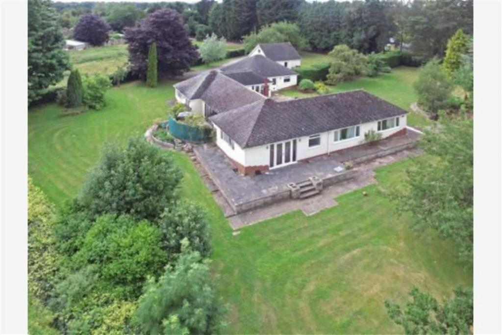 4 Bedrooms Detached Bungalow for sale in Chavel Road, Ford, Shrewsbury