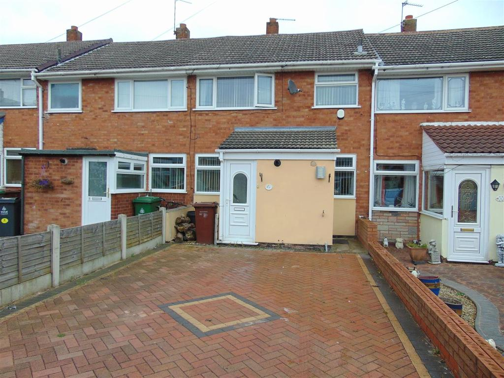 3 Bedrooms Town House for sale in St. Francis Close, Pelsall