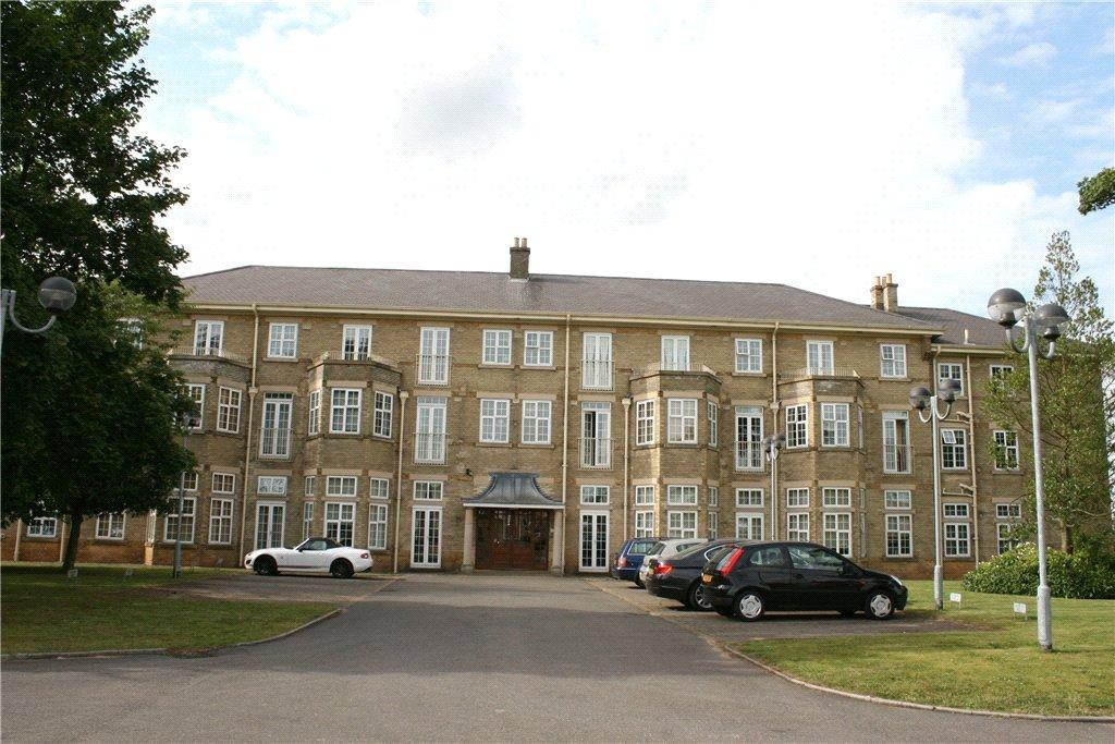 2 Bedrooms Flat for rent in Cathedral Heights, Bracebridge Heath, LN4