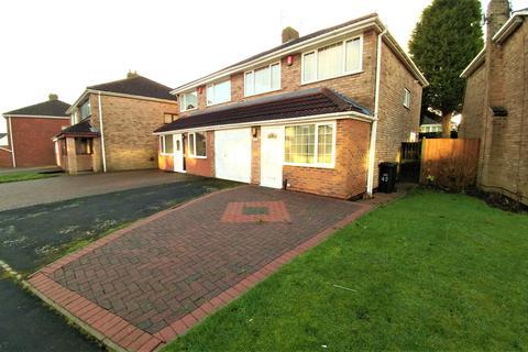 3 bedroom semi-detached house to rent - Spring Parklands, Dudley, DY1 2DJ
