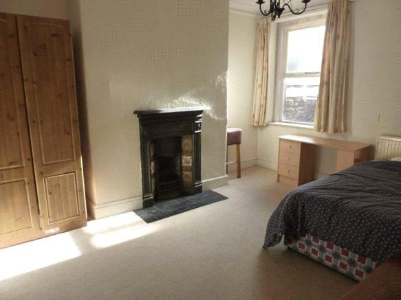 5 Bedrooms House for rent in Sandringham Road, Penylan, Cardiff, CF23