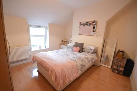 5 bedroom house to rent - Richards Street, Cathays, Cardiff, CF24