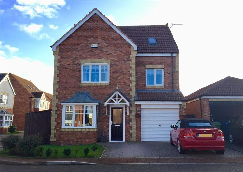 4 Bedrooms Detached House for sale in Strathmore Gardens, South Shields, South Shields