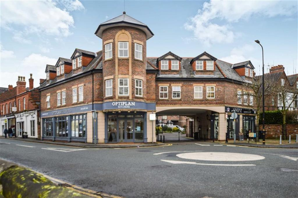 2 Bedrooms Apartment Flat for sale in Millfield Court, Hale, Cheshire, WA15