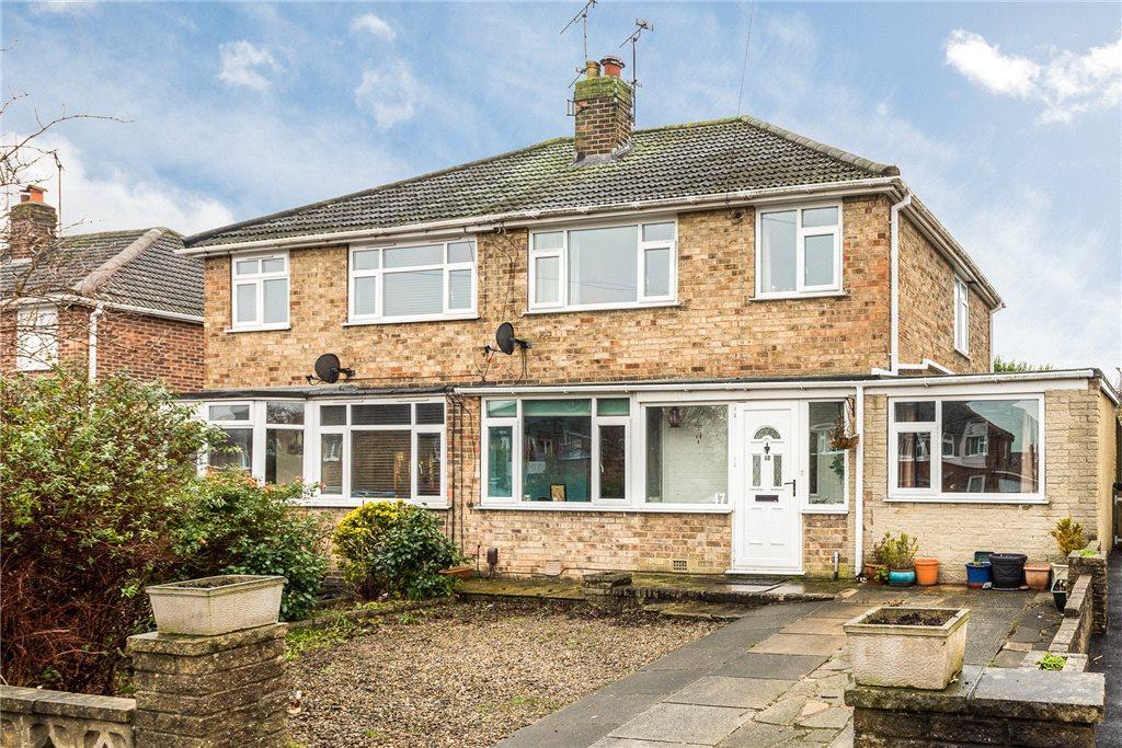3 Bedrooms Semi Detached House for sale in Wedderburn Avenue, Harrogate, North Yorkshire