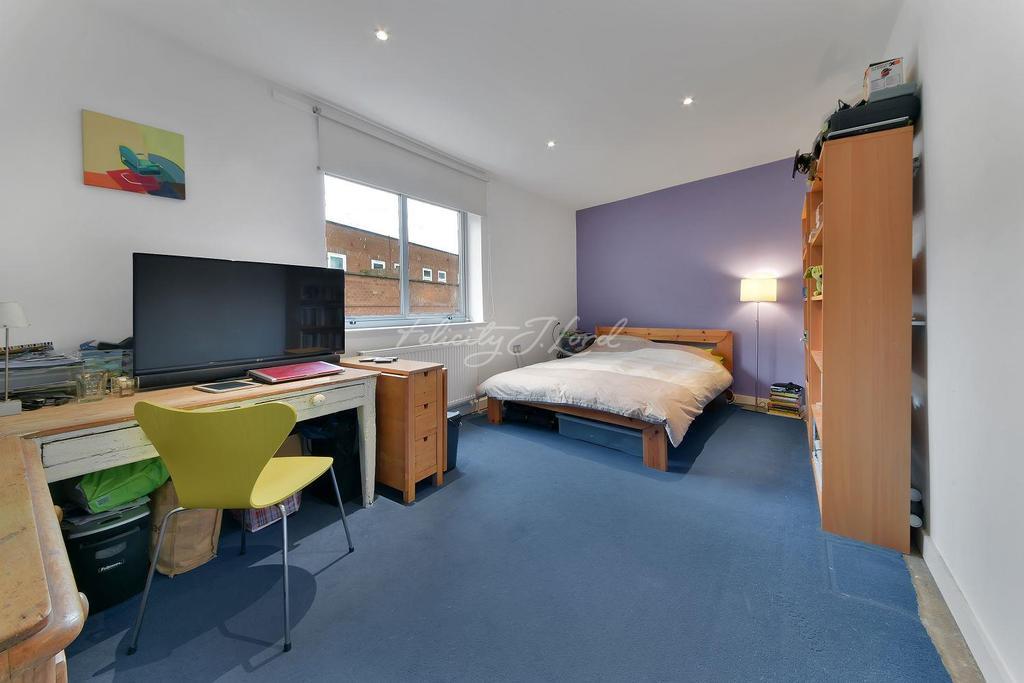 2 Bedrooms Flat for sale in Lawrence Buildings, N16