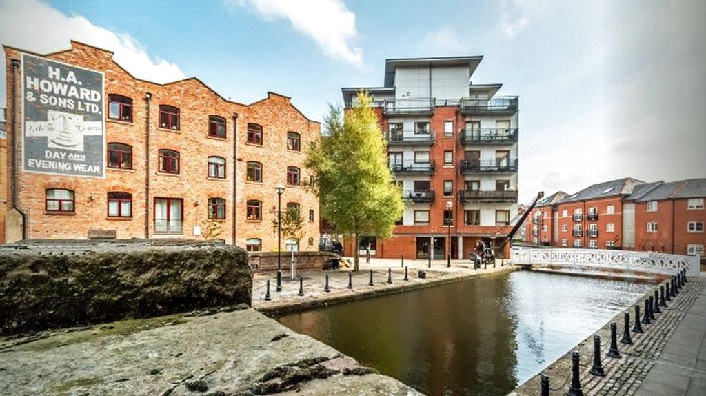 2 Bedrooms House for sale in Junction Works, Ducie Street, Manchester, Greater Manchester, M1