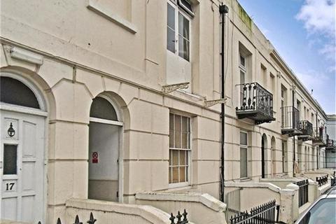 2 bedroom apartment to rent - Viaduct Road, Brighton