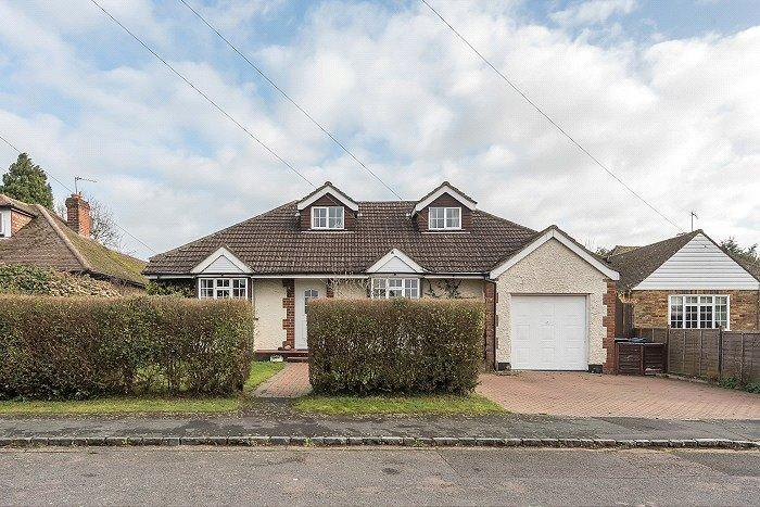 4 Bedrooms Detached House for sale in Hillfield Square, Chalfont St. Peter, Gerrards Cross, Buckinghamshire, SL9