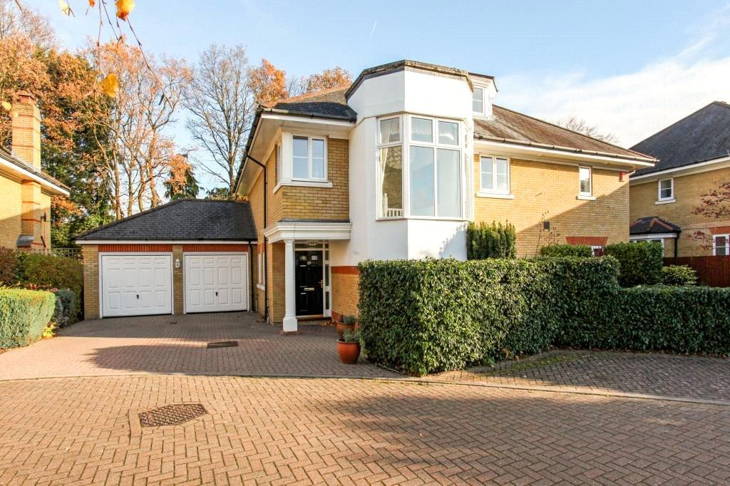 5 Bedrooms Detached House for sale in St. David's Drive, Wentworth Gate, Englefield Green, Surrey, TW20