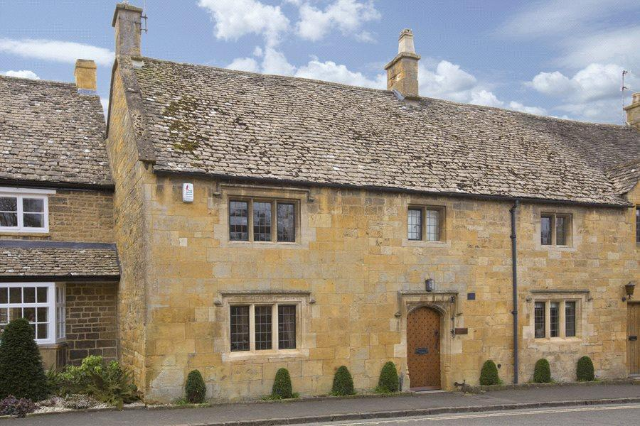 4 Bedrooms Terraced House for sale in High Street, Broadway, Worcestershire, WR12