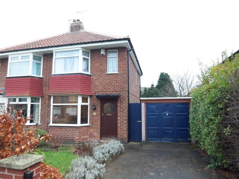 2 Bedrooms Semi Detached House for rent in MELTON AVENUE, RAWCLIFFE, YORK, YO30 5QG