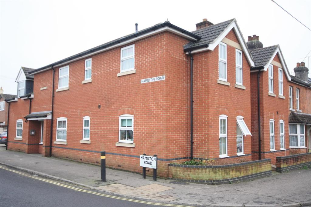 1 Bedroom Flat for sale in Hamilton Road, Bishopstoke, Eastleigh