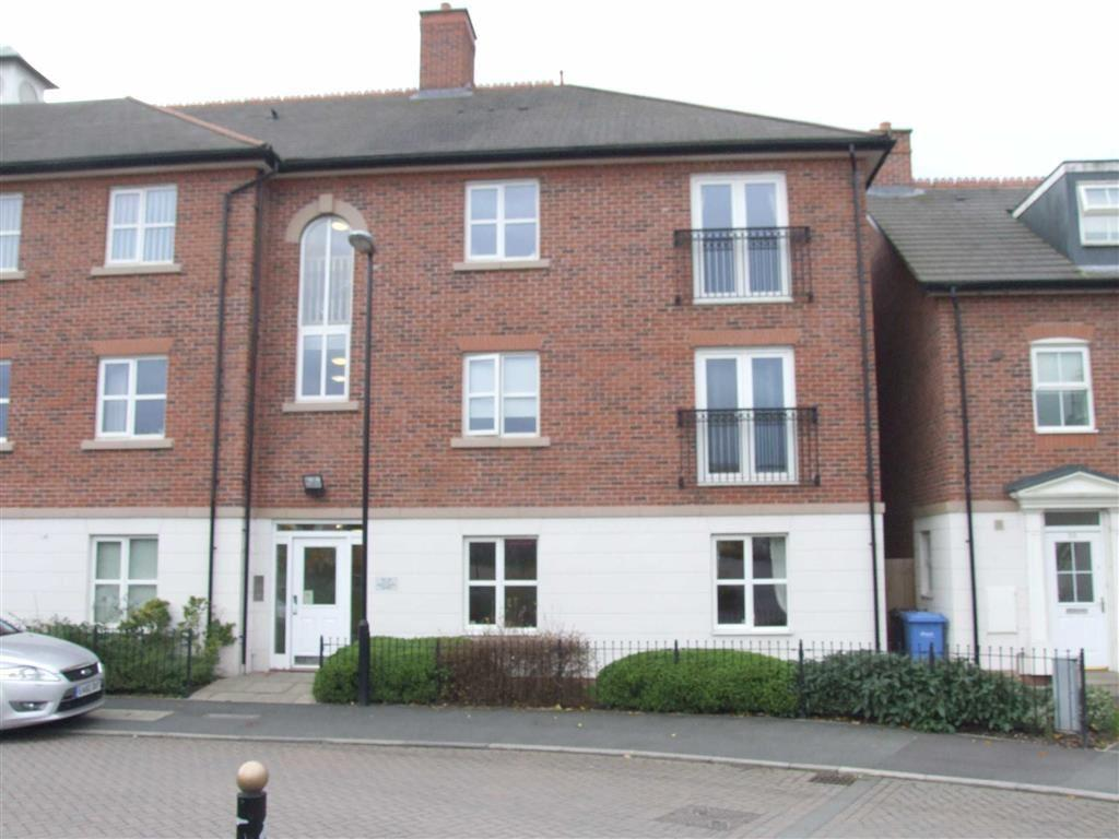 2 Bedrooms Flat for sale in Whiteclover Square, Lymm