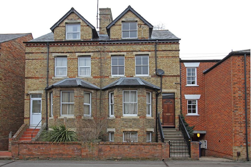 3 Bedrooms End Of Terrace House for rent in Worcester Place, Oxford, OX1