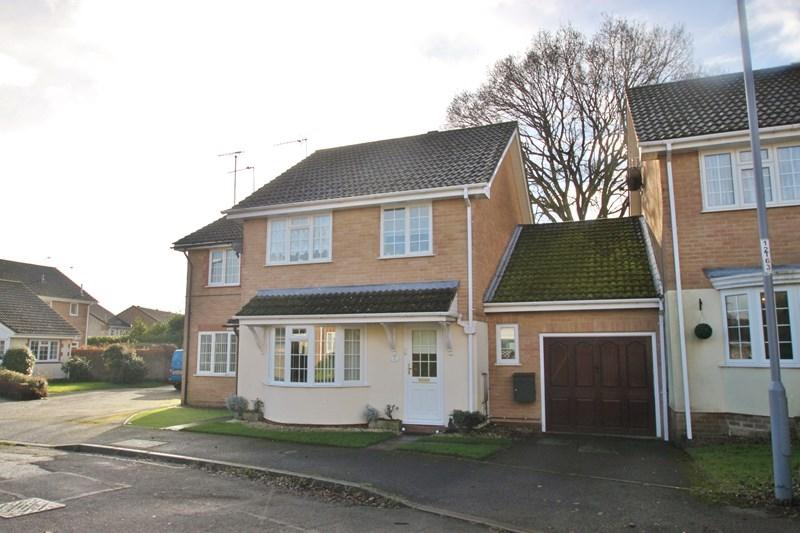 4 Bedrooms Link Detached House for sale in The Kingfishers, VERWOOD