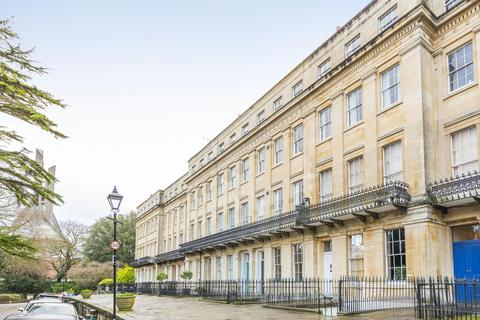1 bedroom flat to rent - Worcester Terrace, Clifton