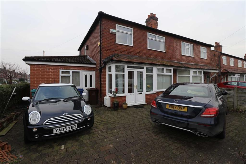 3 Bedrooms Semi Detached House for sale in Kings Road, Chorlton, Manchester, M21