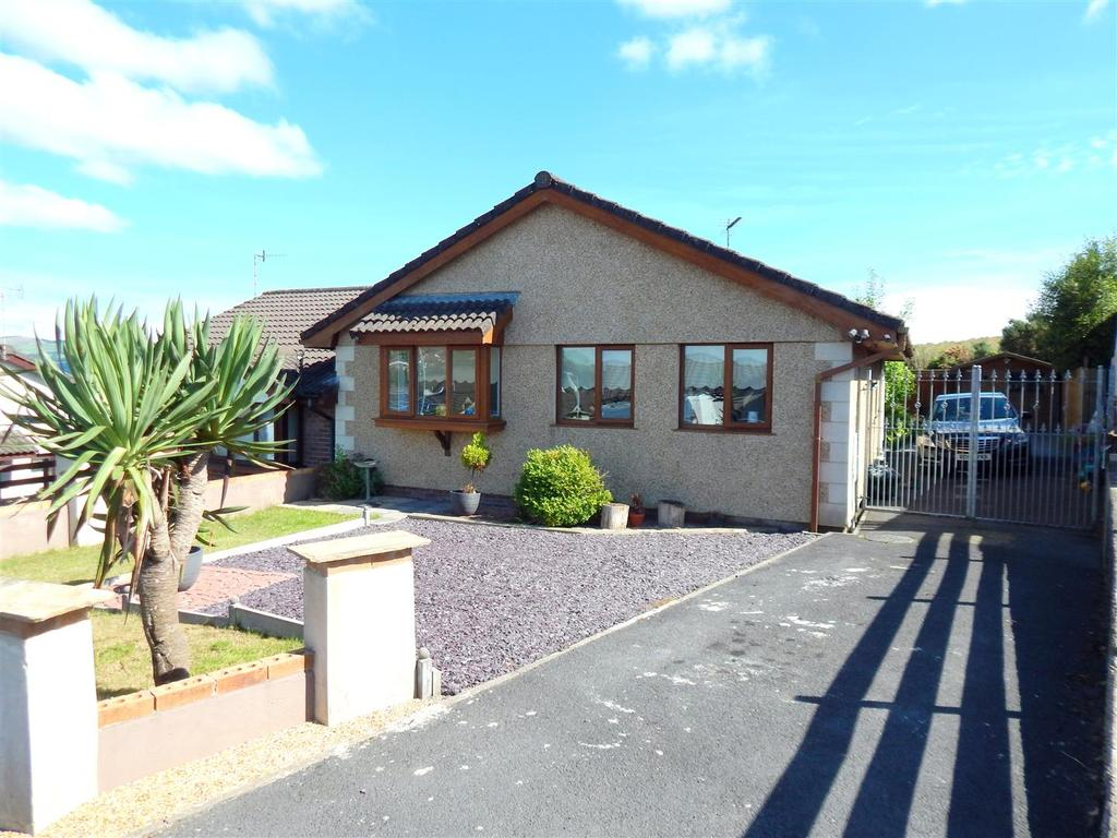 3 Bedrooms Semi Detached Bungalow for sale in Lon Brynawel, Llansamlet