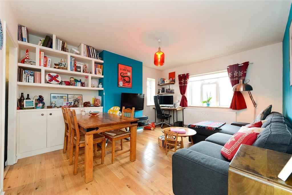 2 Bedrooms Apartment Flat for sale in Stuart Road, Nunhead, London, SE15