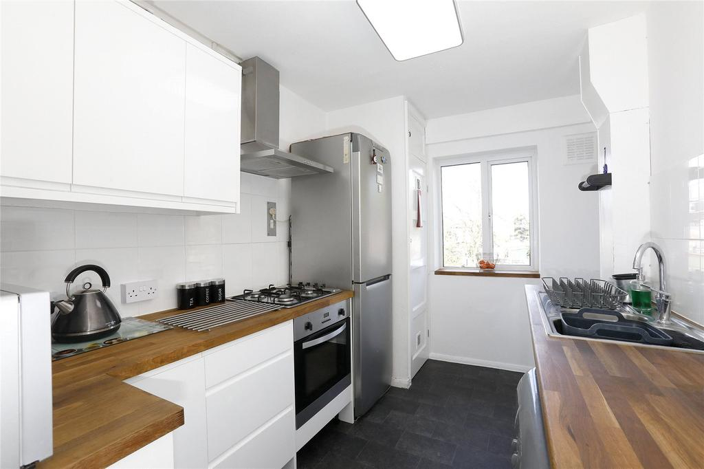 2 Bedrooms Apartment Flat for sale in Whitefoot Lane, Bromley, BR1