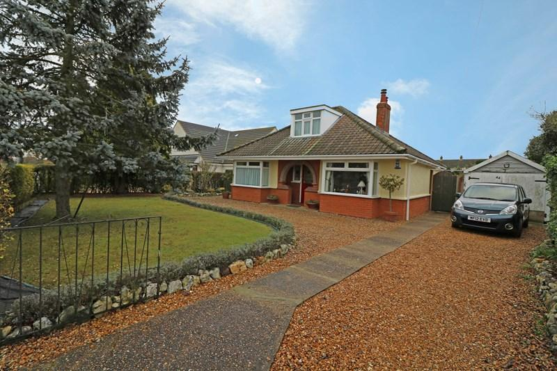 2 Bedrooms Detached Bungalow for sale in Melton Road, Wymondham