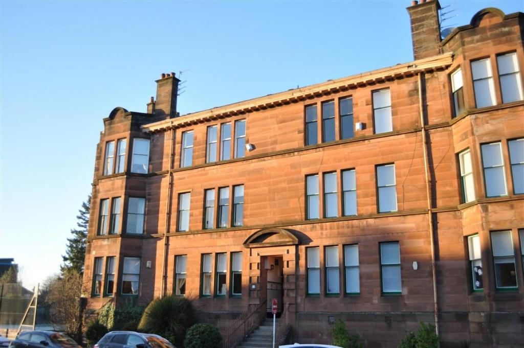 4 Bedrooms Flat for sale in 24 Darnley Gardens, Pollokshields, G41 4NG