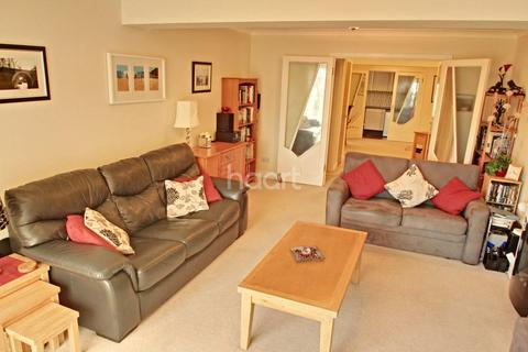 2 bedroom flat for sale - Fore Street