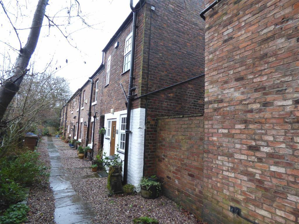 1 Bedroom End Of Terrace House for sale in Station Road, Cheadle Hulme, Cheshire