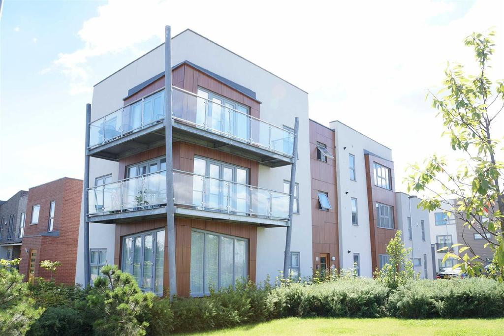 2 Bedrooms Apartment Flat for sale in Northside, The Staithes, Gateshead
