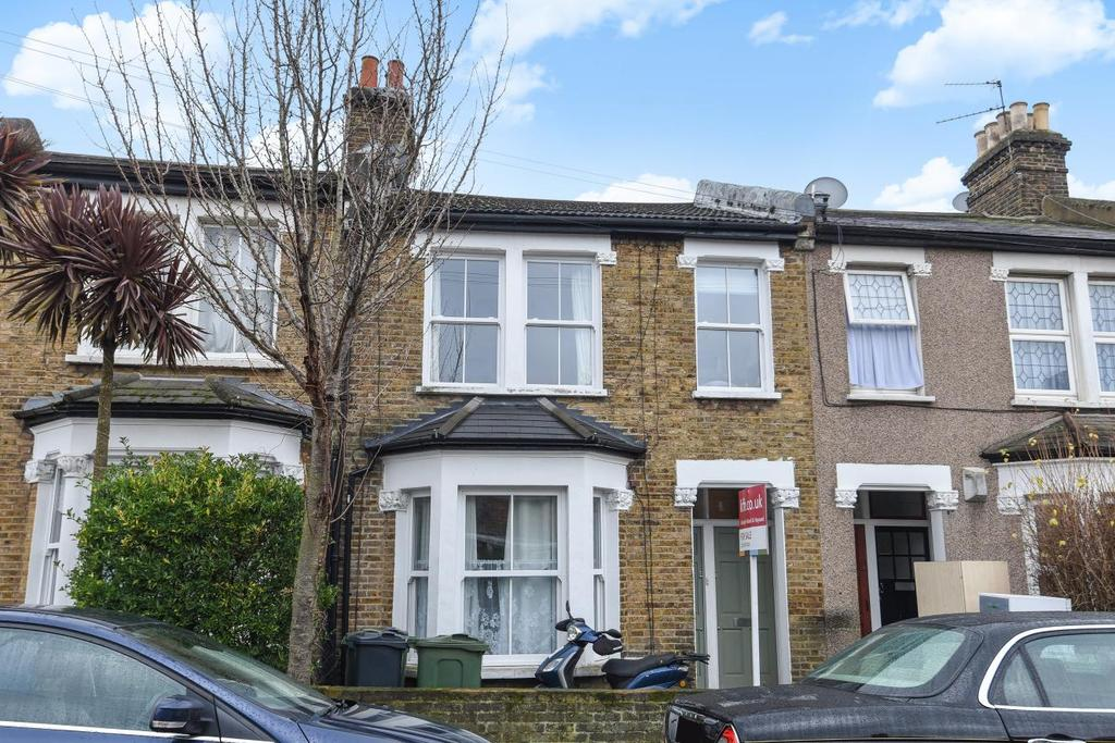 2 Bedrooms Flat for sale in Danbrook Road, Streatham
