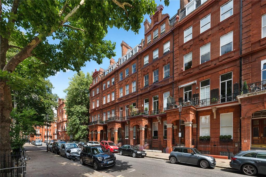 4 Bedrooms Penthouse Flat for rent in Cadogan Square, Knightsbridge, London, SW1X