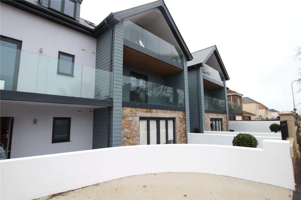 2 Bedrooms Flat for sale in Samares Apartments, 1 Grande Route De St Clement, St. Clement, Jersey, JE2