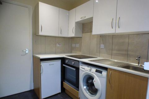 2 bedroom flat to rent - Flat 1, Waterloo Road, Stoke on Trent,Staffordshire, ST6 3HL