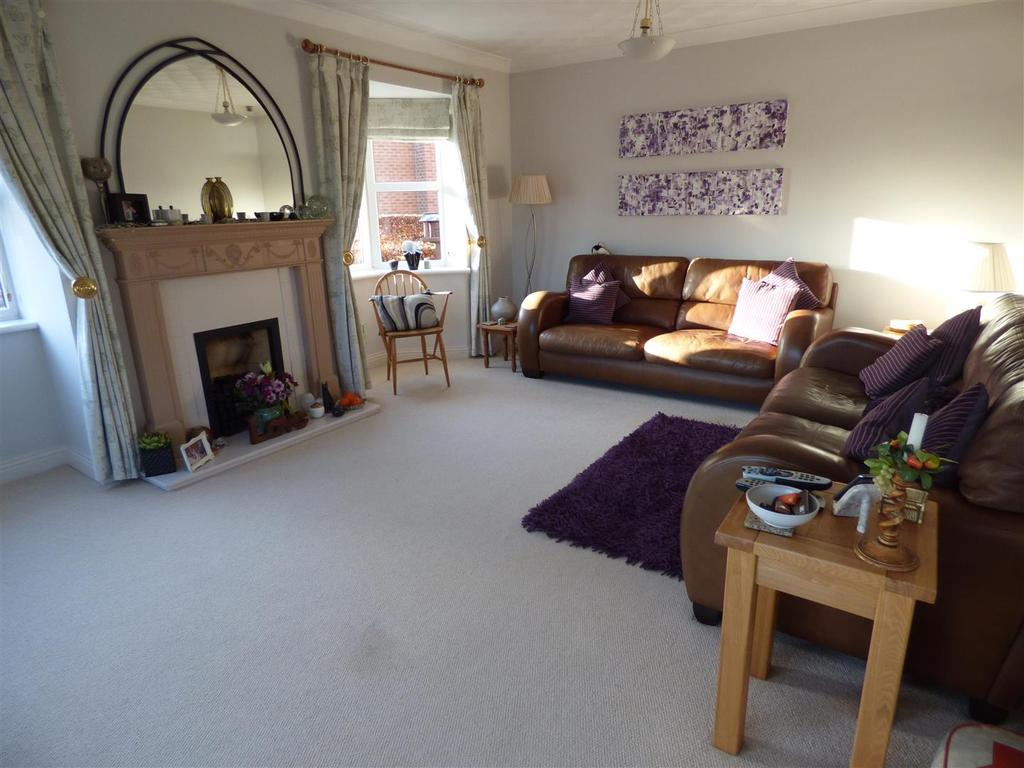 5 Bedrooms Barn Conversion Character Property for sale in The Cedar Grove, Beverley