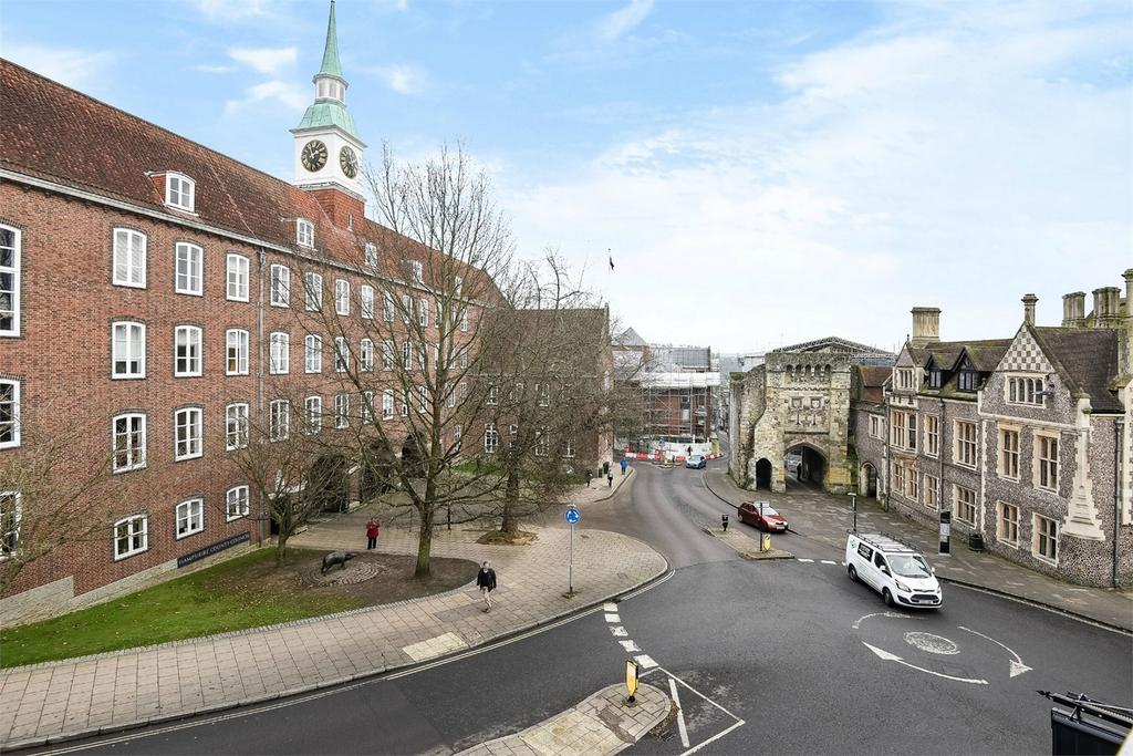1 Bedroom Flat for sale in City Centre, Winchester, Hampshire