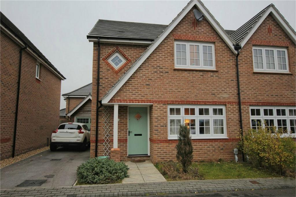 3 Bedrooms Detached House for sale in Whitsun Grove, Cottingham, East Riding of Yorkshire