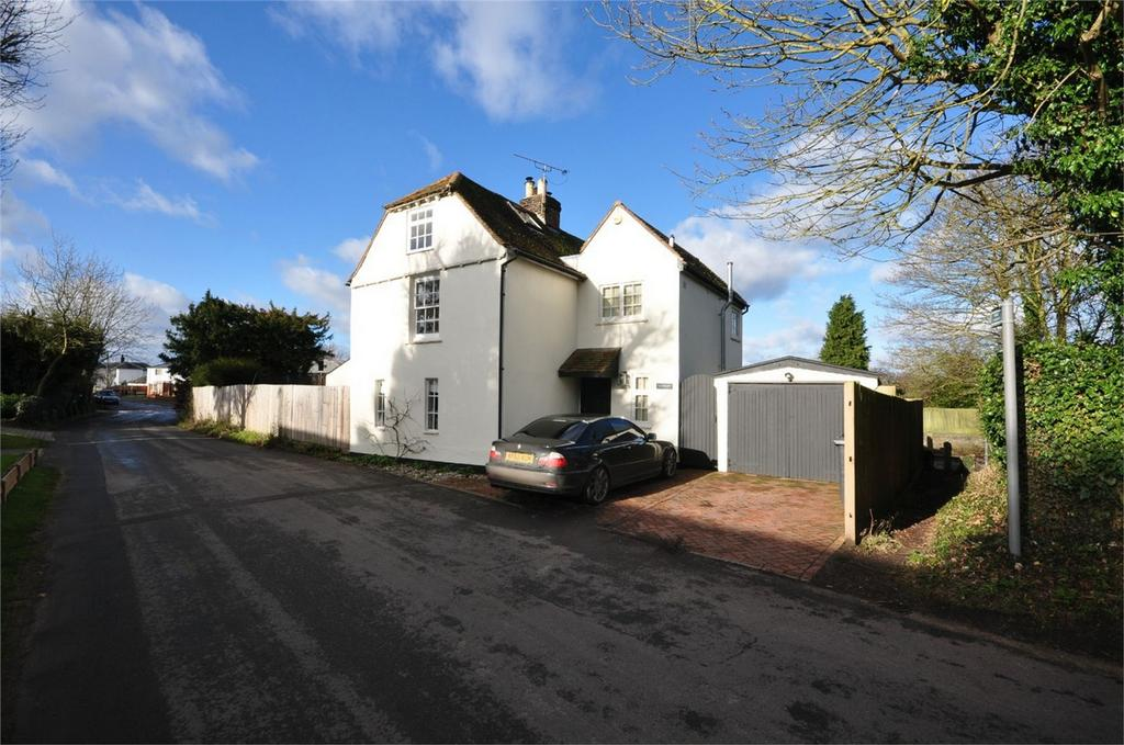 4 Bedrooms Detached House for sale in Westbury, 46 Bell Lane, Widford, WARE