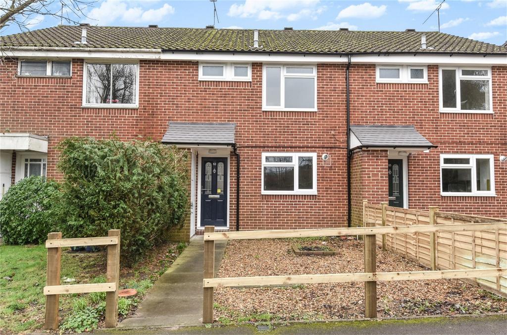 3 Bedrooms Terraced House for rent in Farnham, Surrey