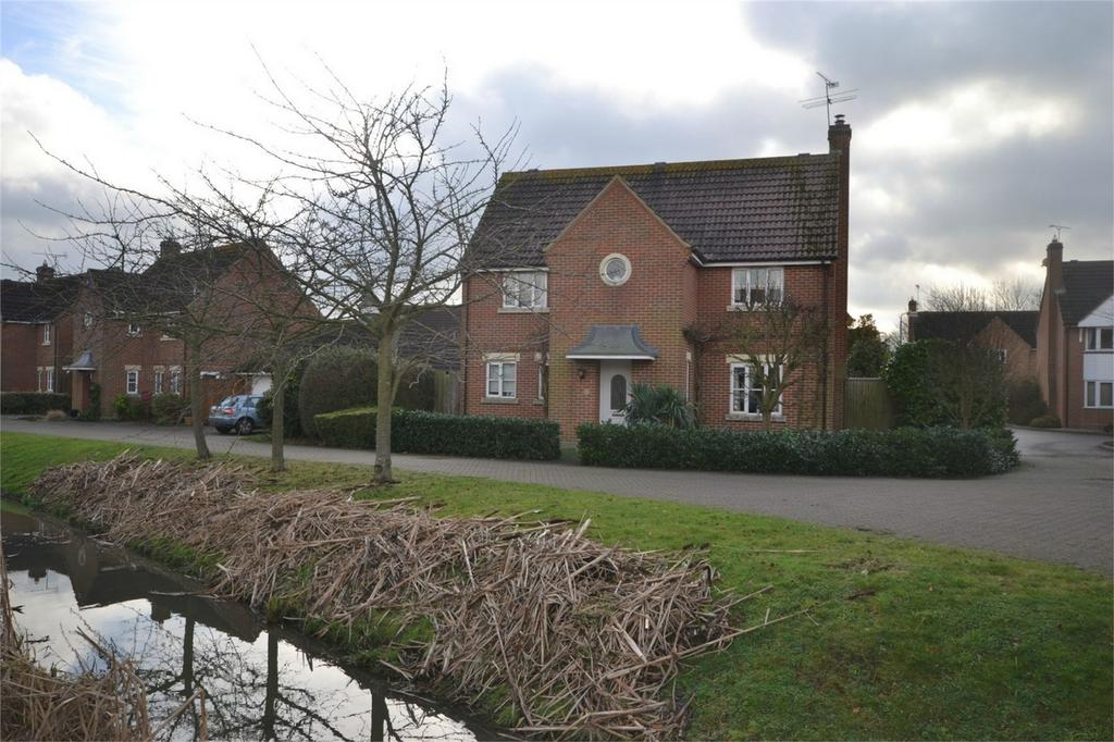 4 Bedrooms Detached House for sale in Mayflower Drive, MALDON, Essex