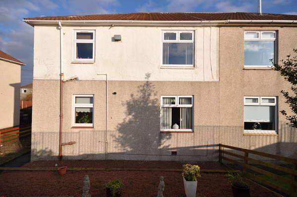2 Bedrooms Flat for sale in 87 Gatehead Road, Crosshouse, Kilmarnock, KA2 0JH