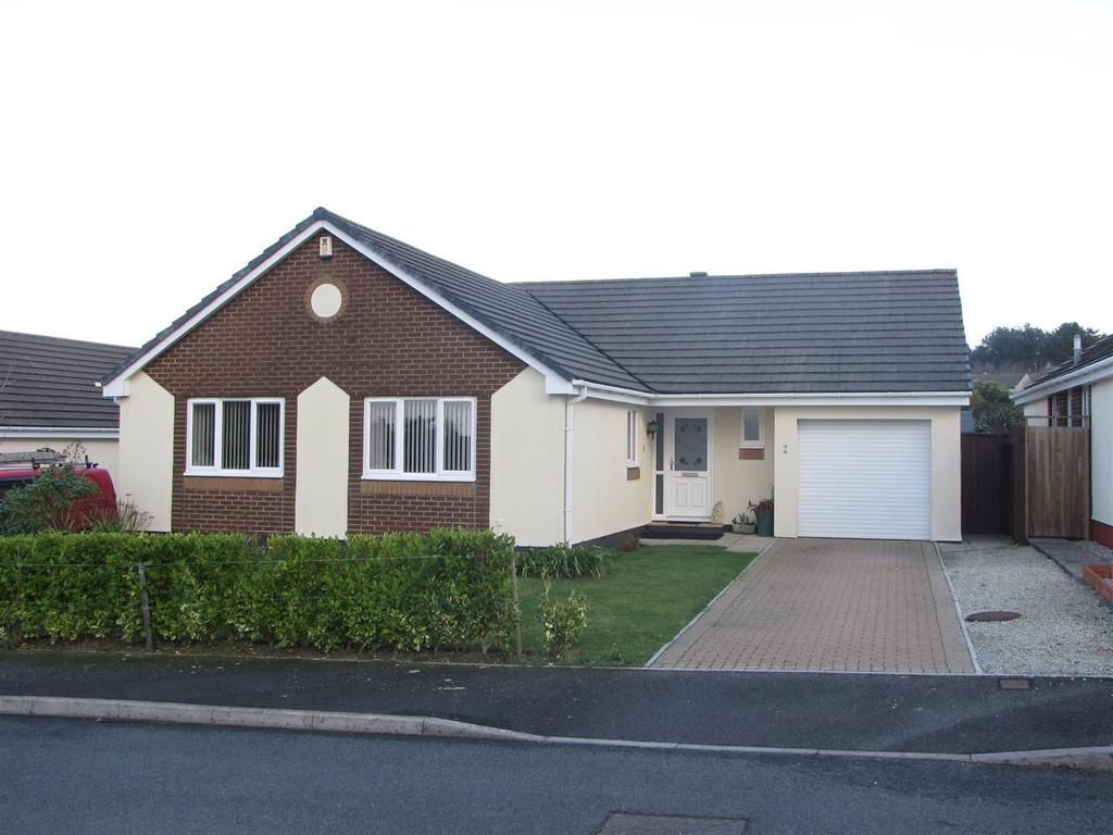 3 Bedrooms Detached Bungalow for sale in Carnon Downs