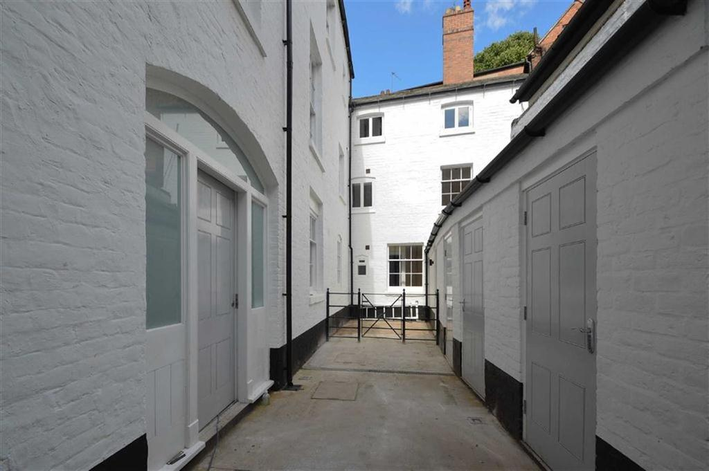 2 Bedrooms Apartment Flat for rent in High Street, Shrewsbury