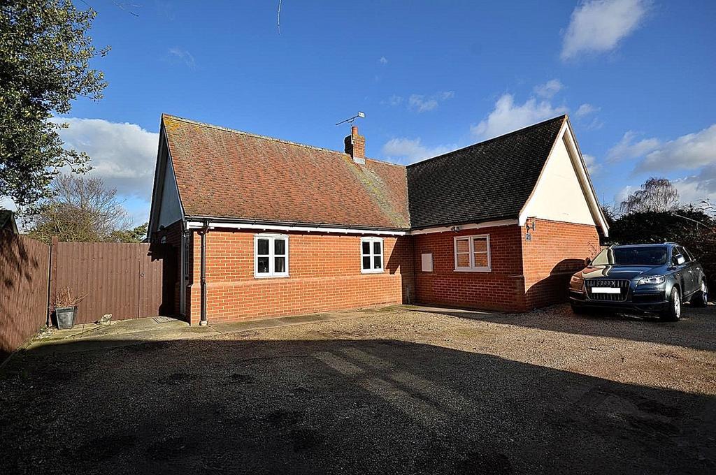 3 Bedrooms Detached Bungalow for sale in East Street, Tollesbury, Maldon, Essex, CM9