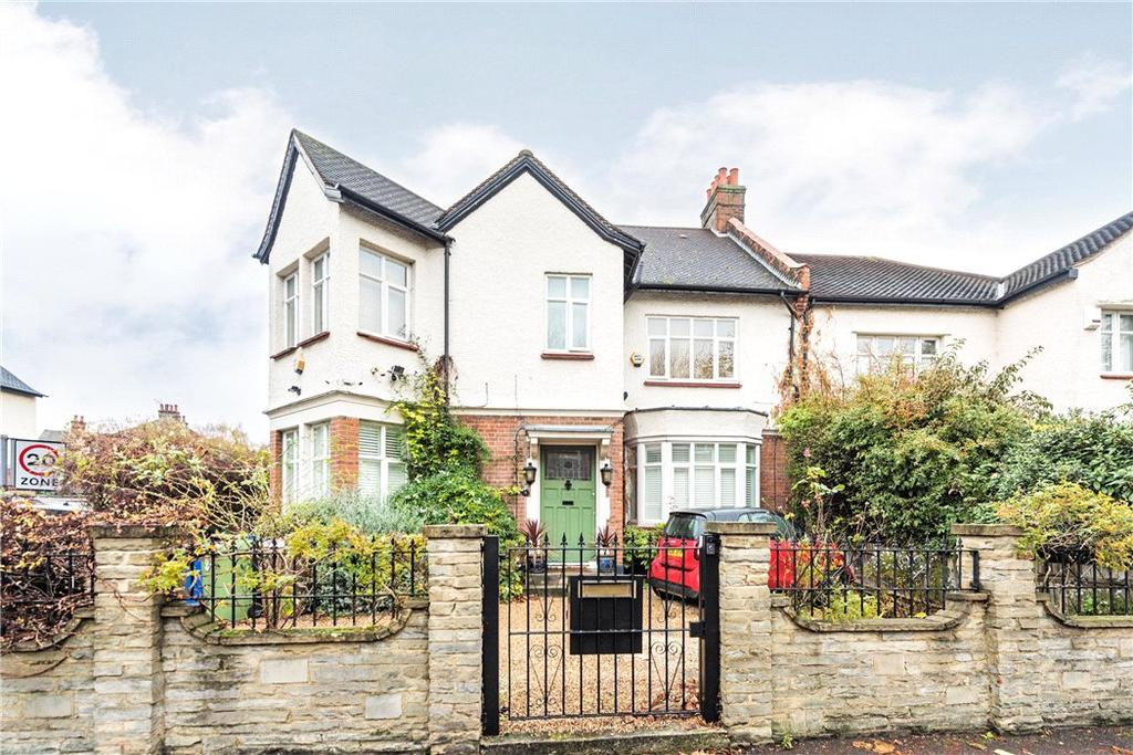 7 Bedrooms Semi Detached House for sale in Half Moon Lane, London, SE24